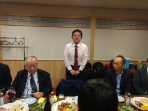 講義の後の懇親会での片平先生からのご挨拶。